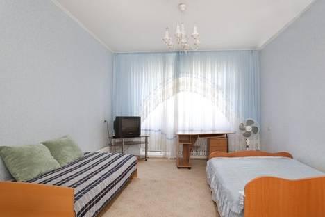 Сдается 1-комнатная квартира посуточнов Казани, ул. Меридианная, 11.