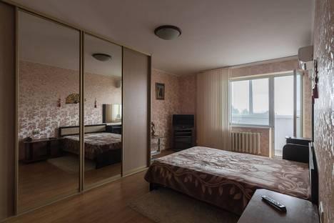 Сдается 1-комнатная квартира посуточнов Самаре, ул. Ново-Садовая, д.303а.