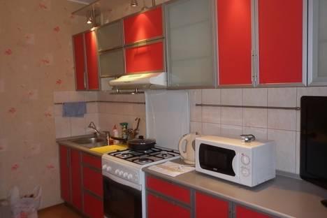 Сдается 1-комнатная квартира посуточнов Великом Новгороде, ул. Московская, 12.