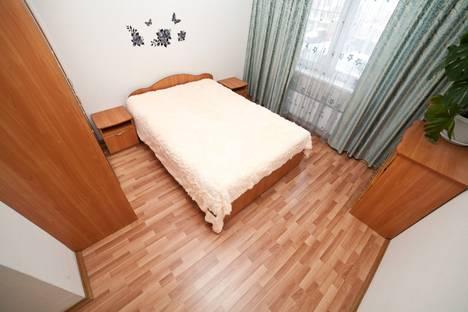 Сдается 2-комнатная квартира посуточно в Екатеринбурге, Бакинских Комиссаров, 97.