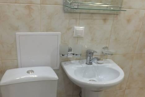 Сдается 1-комнатная квартира посуточно, ул. Грибоедова, 23.