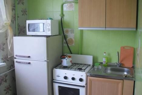 Сдается 1-комнатная квартира посуточно в Нижнем Тагиле, ул. Пихтовая, 2.