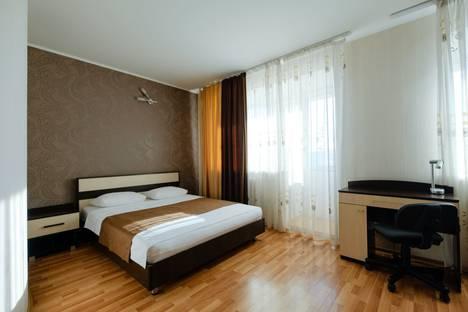 Сдается 1-комнатная квартира посуточно в Томске, Базарный переулок, 12.