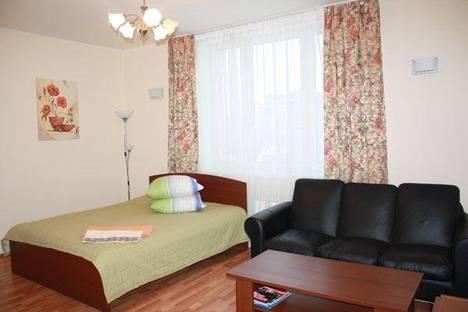 Сдается 1-комнатная квартира посуточно в Нижнем Тагиле, Зари, 5.