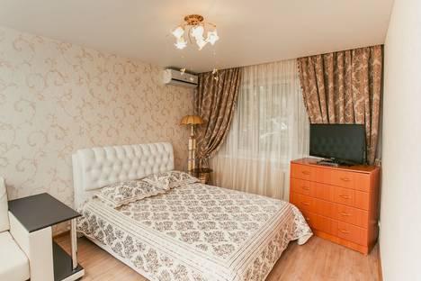 Сдается 1-комнатная квартира посуточнов Новокуйбышевске, проспект Кирова, 309.