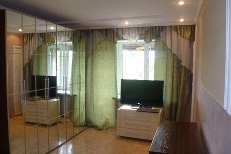 Сдается 1-комнатная квартира посуточнов Абакане, ул. Пушкина, 58.
