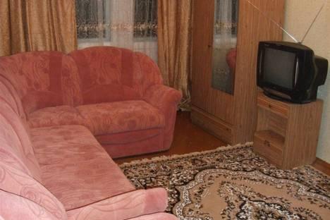 Сдается 2-комнатная квартира посуточно, Мира 40.