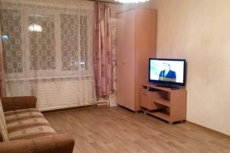 Сдается 1-комнатная квартира посуточно в Архангельске, ул. Воскресенская, 11.
