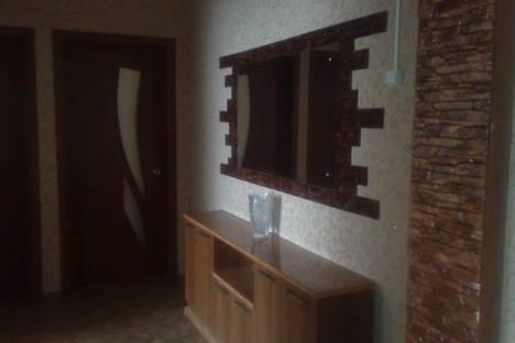 Сдается 3-комнатная квартира посуточно в Набережных Челнах, проспект Сююмбике д.12.