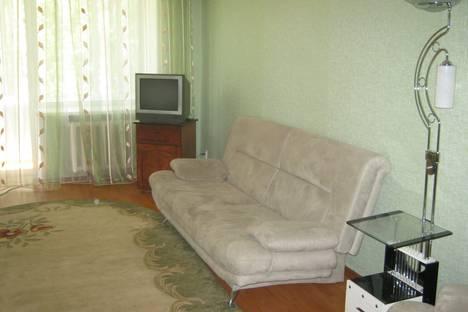 Сдается 2-комнатная квартира посуточнов Бузулуке, 2 мкр, дом 32.