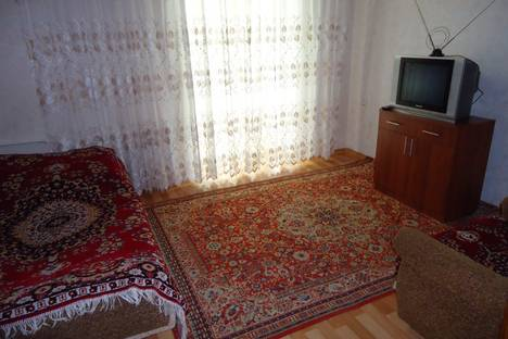 Сдается 2-комнатная квартира посуточно в Воронеже, ул. Куколкина, 14.