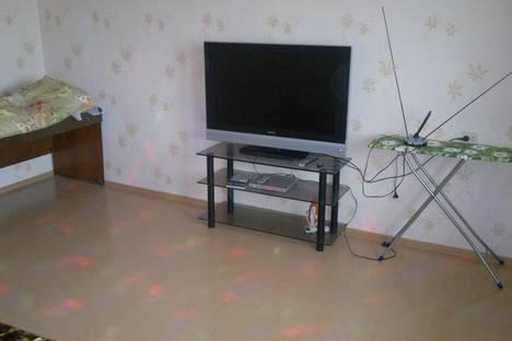 Сдается 1-комнатная квартира посуточно в Братске, улица Холоднова, 5.