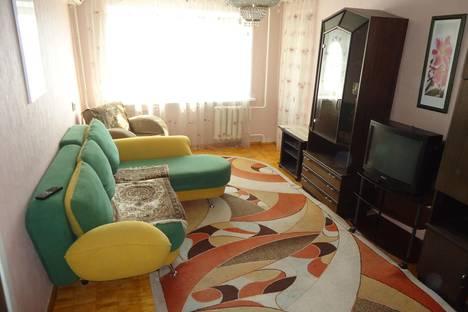 Сдается 2-комнатная квартира посуточно в Волгограде, Невская, 16.