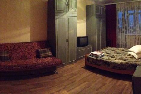 Сдается 1-комнатная квартира посуточнов Уфе, Цюрупы, 84.