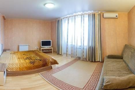 Сдается 1-комнатная квартира посуточнов Казани, Чистопольская, 76.