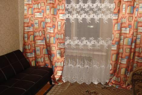 Сдается 2-комнатная квартира посуточно в Мурманске, Ул. Морская д.1.