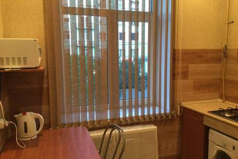 Сдается 2-комнатная квартира посуточно в Мурманске, пр.Ленина д.74.