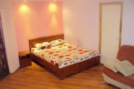 Сдается 2-комнатная квартира посуточно в Костроме, ул. Титова д.11.