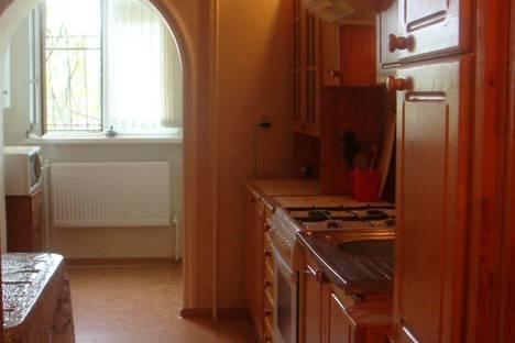 Сдается 2-комнатная квартира посуточнов Георгиевске, ул. Анджиевского, 140.