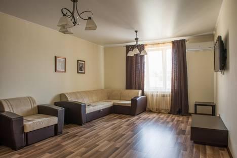 Сдается 1-комнатная квартира посуточнов Казани, ул. Баумана - Чернышевского  33.
