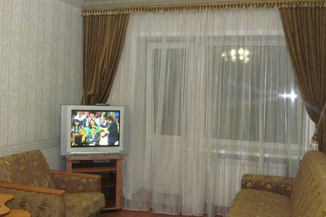 Сдается 2-комнатная квартира посуточнов Екатеринбурге, ул. Восстания, 9.