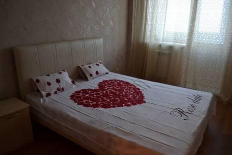 Сдается 3-комнатная квартира посуточно в Ульяновске, ул. Кирова, д6.