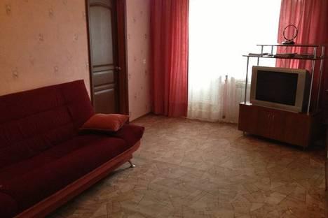 Сдается 2-комнатная квартира посуточно в Ульяновске, ул. Карла Маркса, 41.