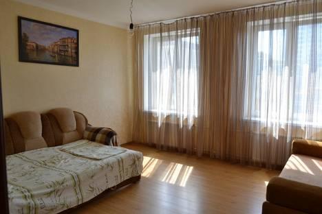 Сдается 1-комнатная квартира посуточнов Казани, Нигматуллина, 3 ( Аквапарк Ривьера).