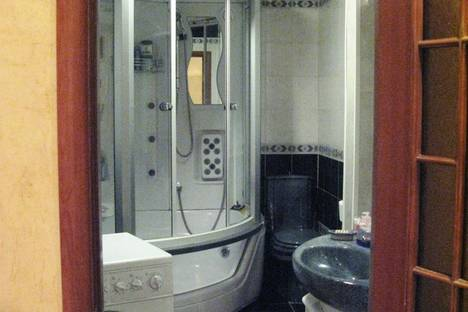 Сдается 2-комнатная квартира посуточнов Екатеринбурге, Большакова, 109.