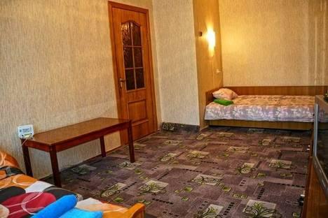 Сдается 1-комнатная квартира посуточно в Хабаровске, ул. Станционная, 17.