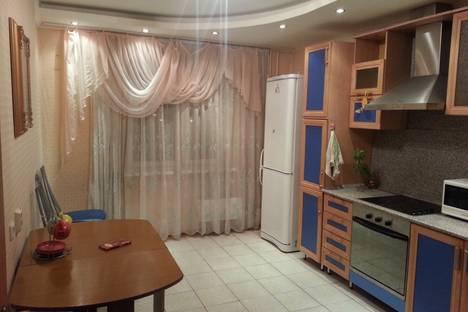 Сдается 1-комнатная квартира посуточнов Тюмени, ул. Широтная, д.136/5.