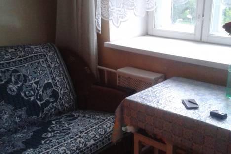 Сдается 2-комнатная квартира посуточно в Благовещенске, калинина 4.