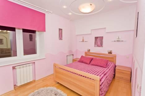 Сдается 2-комнатная квартира посуточнов Нижнем Новгороде, ул. Большая Покровская, д.32.
