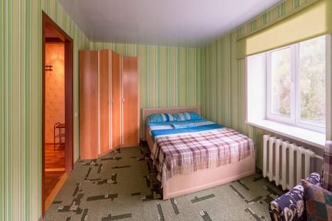 Сдается 1-комнатная квартира посуточнов Кургане, Ленина 36а.