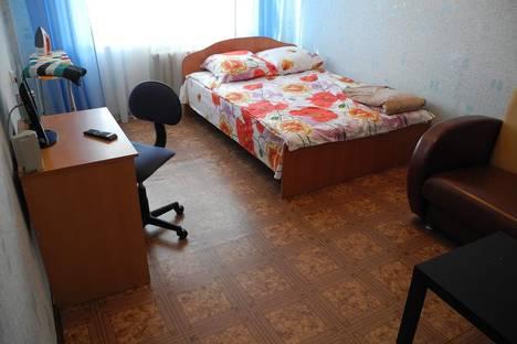Сдается 1-комнатная квартира посуточно в Петрозаводске, Октябрьский проспект, 42.