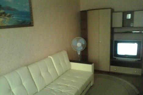 Сдается 1-комнатная квартира посуточно в Курске, проспект Победы, 34.