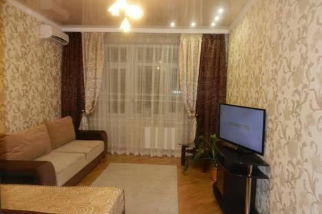 Сдается 1-комнатная квартира посуточно в Майкопе, ул. Советская, 184.
