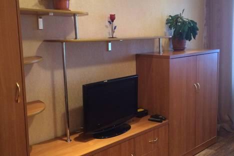 Сдается 2-комнатная квартира посуточно в Братске, Центральный р-н, ул Мира, 37а.