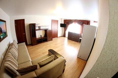 Сдается 2-комнатная квартира посуточно в Новосибирске, ул. Блюхера, 27.