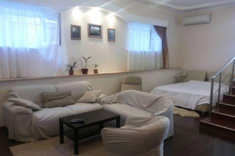 Сдается 2-комнатная квартира посуточно в Геленджике, Полевая, 40.