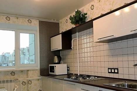 Сдается 2-комнатная квартира посуточнов Екатеринбурге, Малышева 84.