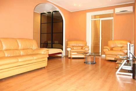 Сдается 1-комнатная квартира посуточнов Волгограде, ул. Аллея Героев, д.1.
