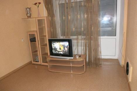 Сдается 2-комнатная квартира посуточно, ул. Кошевого 6а.