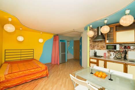 Сдается 2-комнатная квартира посуточнов Екатеринбурге, проспект Ленина, д.68-а.