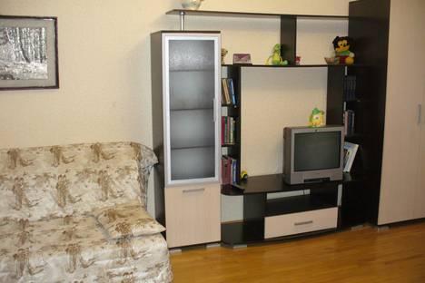 Сдается 2-комнатная квартира посуточно, ул. Губина Андрея, 28.