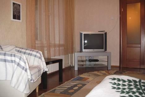 Сдается 2-комнатная квартира посуточнов Екатеринбурге, Луначарского 57.