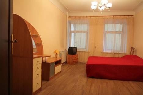 Сдается 2-комнатная квартира посуточнов Санкт-Петербурге, Московский проспект, д.7.