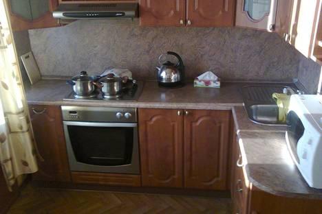 Сдается 2-комнатная квартира посуточново Владивостоке, Прапорщика Комарова, 31а.
