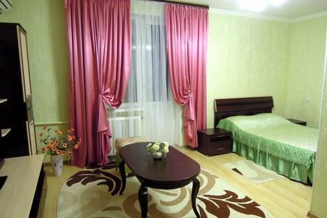 Сдается 1-комнатная квартира посуточнов Пятигорске, ЦЕНТР,проспект Калинина, 32.