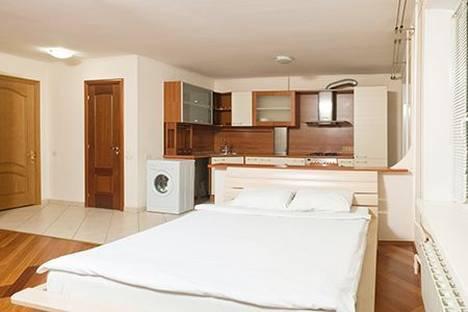 Сдается 1-комнатная квартира посуточно в Москве, Ул.Обручева, 37.